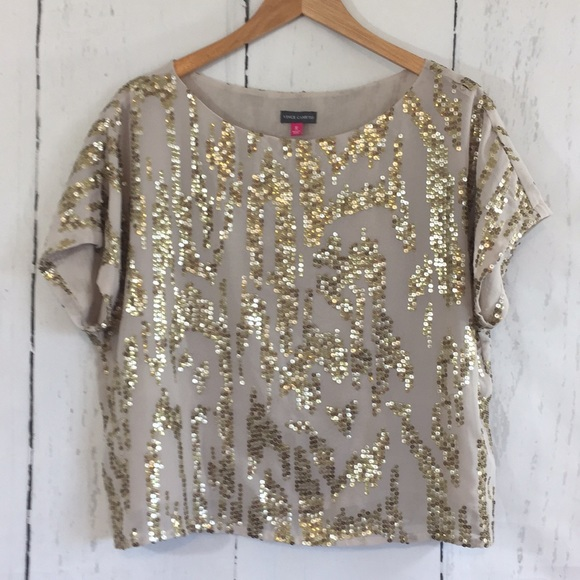 643b935f411e4 Fabulous Vince Camuto Sequined Top. M 5aafede32c705dbef16e6c3c